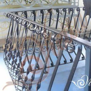 im_53_0_balustrada-balcon-fier-forjat-cod-ba